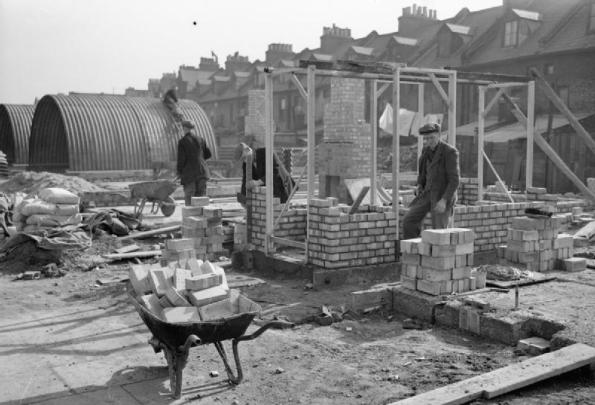 Post_War_Planning_and_Reconstruction_in_Britain-_the_Construction_of_Temporary_Housing_D24231