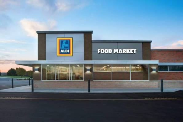 3ALDI_Store_Exterior__Right