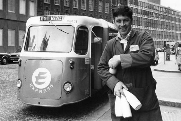 Express-milkman-Peter-Hunt-on-his-rounds